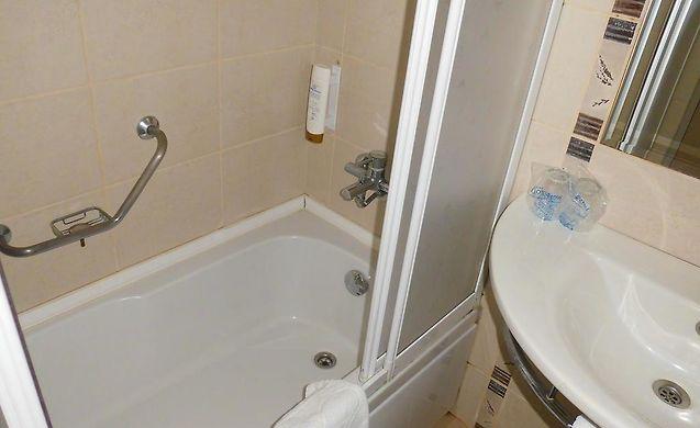 Сантехника озелик кушадасы ванна универсал